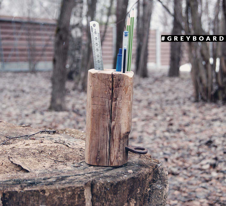 Карандашница из ствола ели