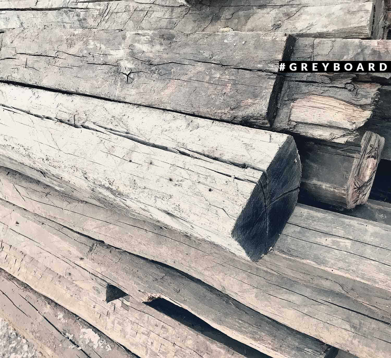 Старая дубовая балка из дома XIX века