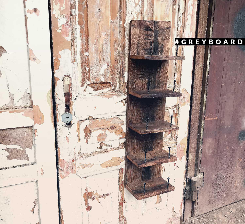 Бутылочница из старой дубовой доски
