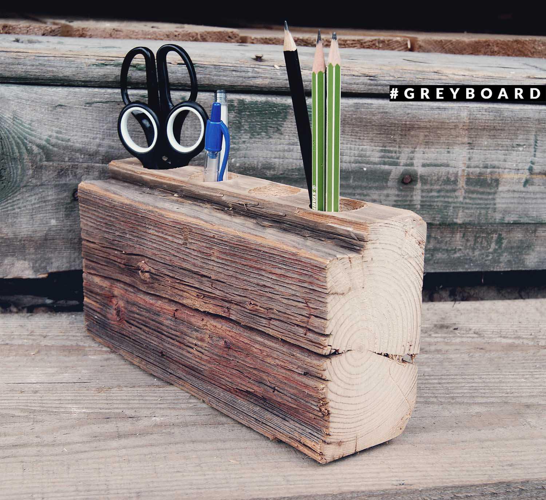 Карандашница из старой вековой балки