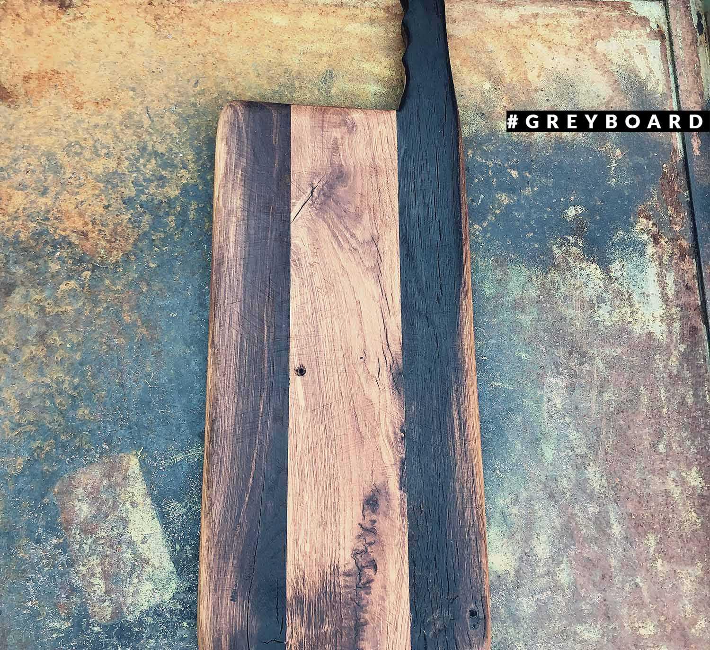 Разделочная доска из натуральной старинной древесины
