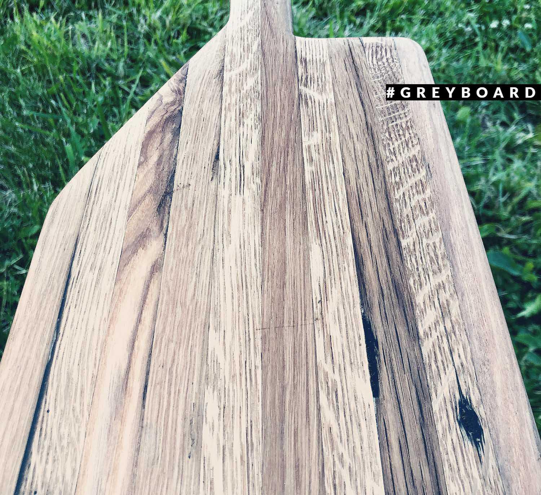 Авторская разделочная доска из амбарной древесины