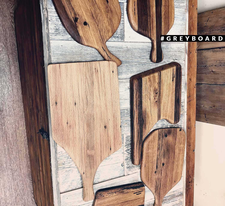Разделочная доска из натуральной амбарной древесины