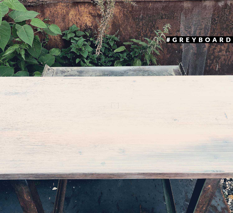 Столешница из дубовой доски, покрытой маслом