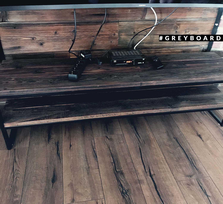 Стеллаж под ТВ из амбарной доски