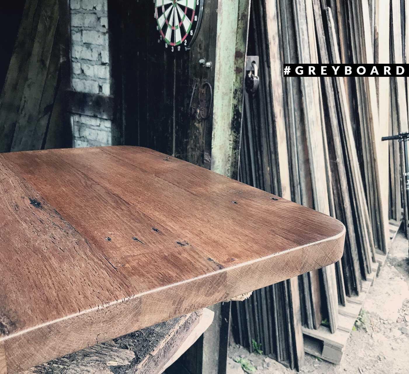 Столешница из старого лакированного дуба