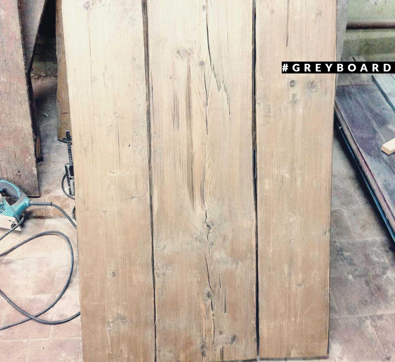 Фотофон из старой деревенской доски