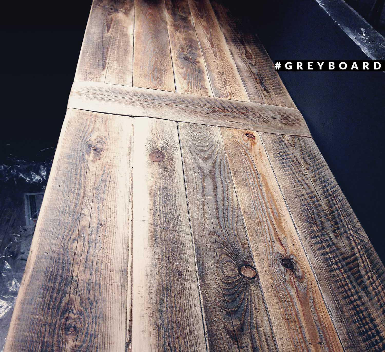Столешница из амбарной доски от старой лесопилки