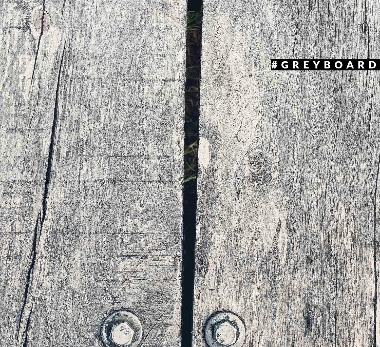 Буковая столешница из амбарной доски