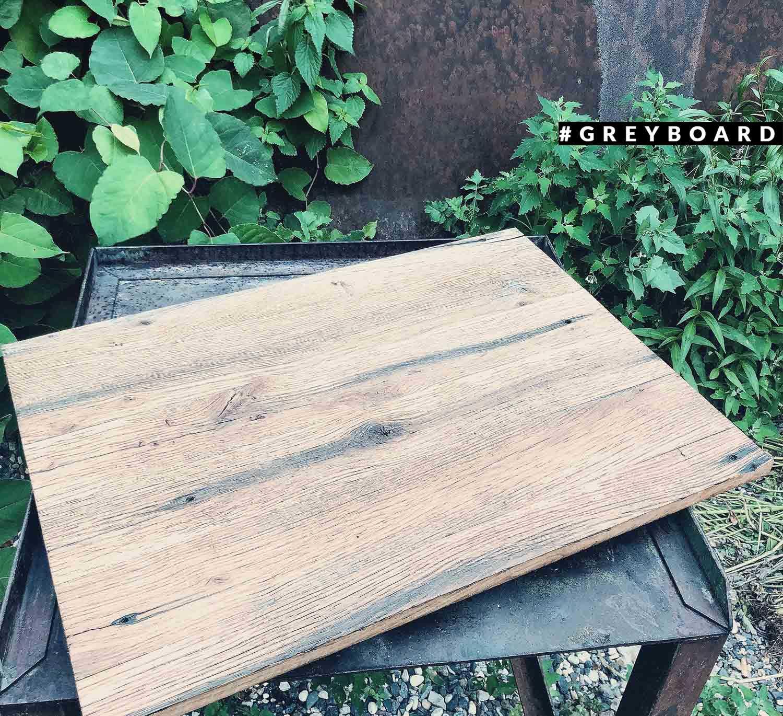 Столешница из амбарной доски от старого забора