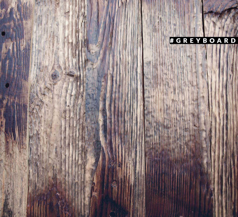 Состаренная столешница из амбарной доски