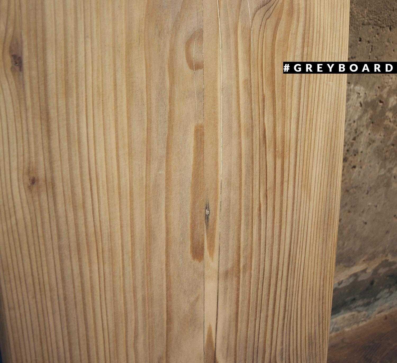 Столешница из старой хвойной доски