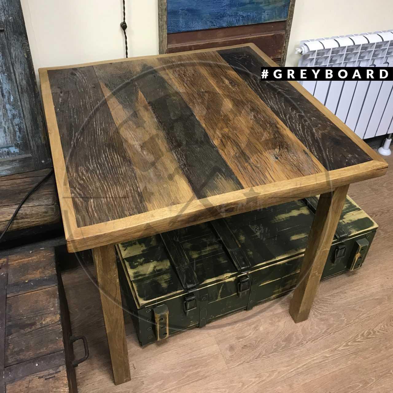 Столик из старого дуба
