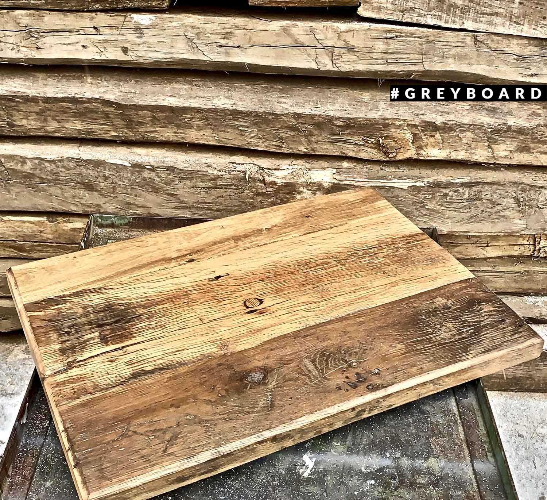 Столешница из старой дубовой доски роскошного оттенка