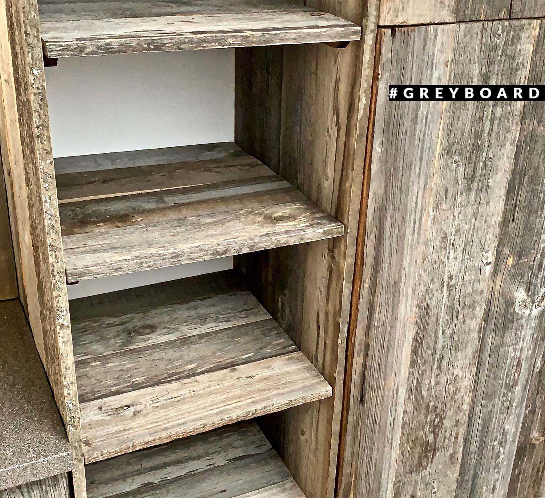 Группа шкафов из старой доски