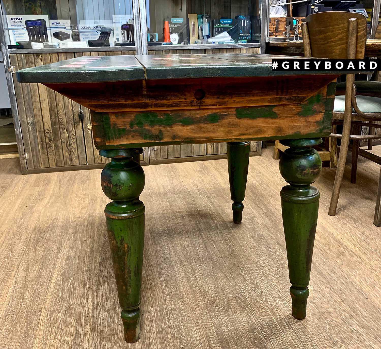 Стол из старой сосны с росписью