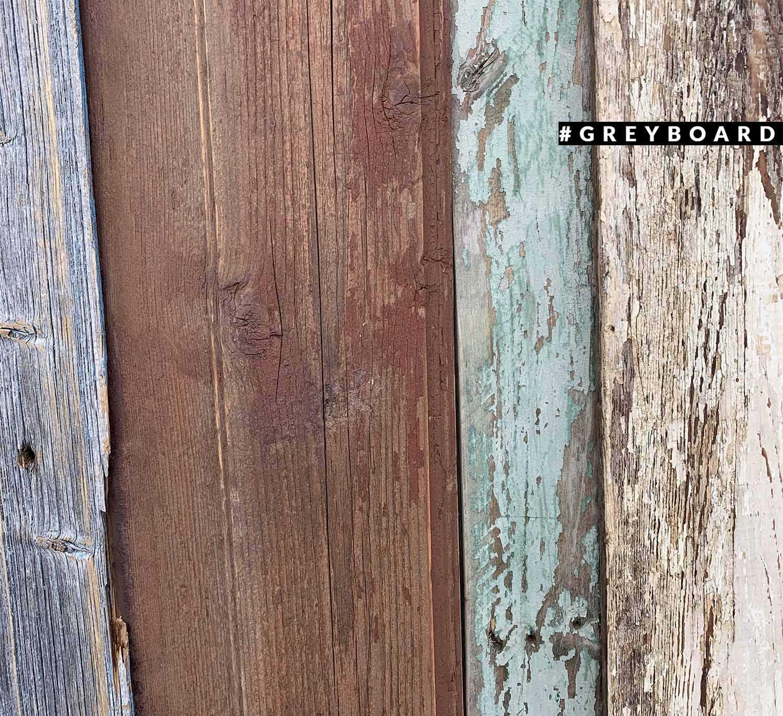 Доска со следами краски под лаком