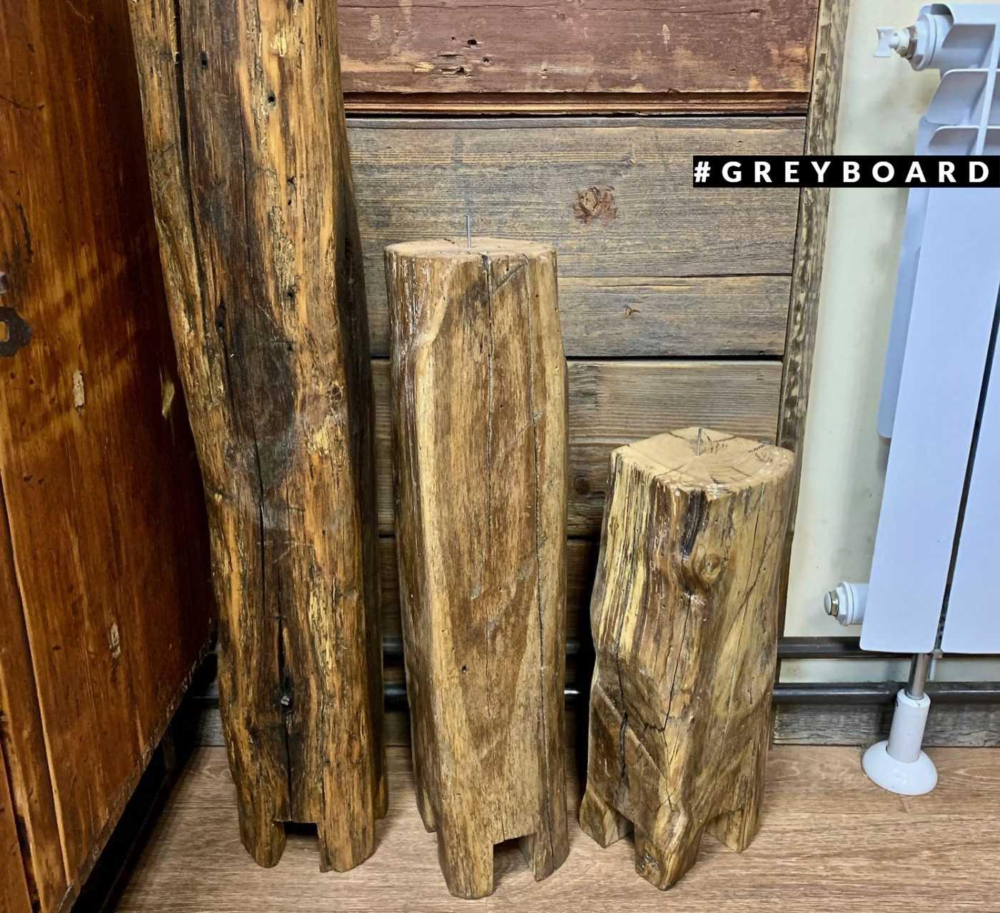 Высокий подсвечник из старой дубовой балки