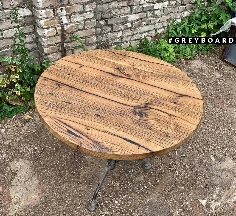 Элегантный дуюовый стол с чугунным подстольем