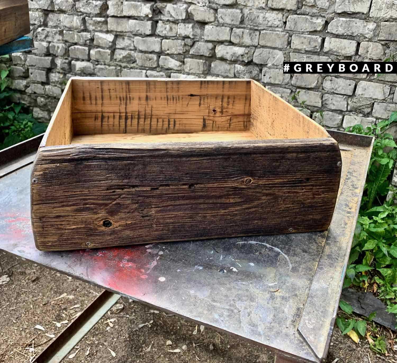 Ящик из амбарной хвойной доски