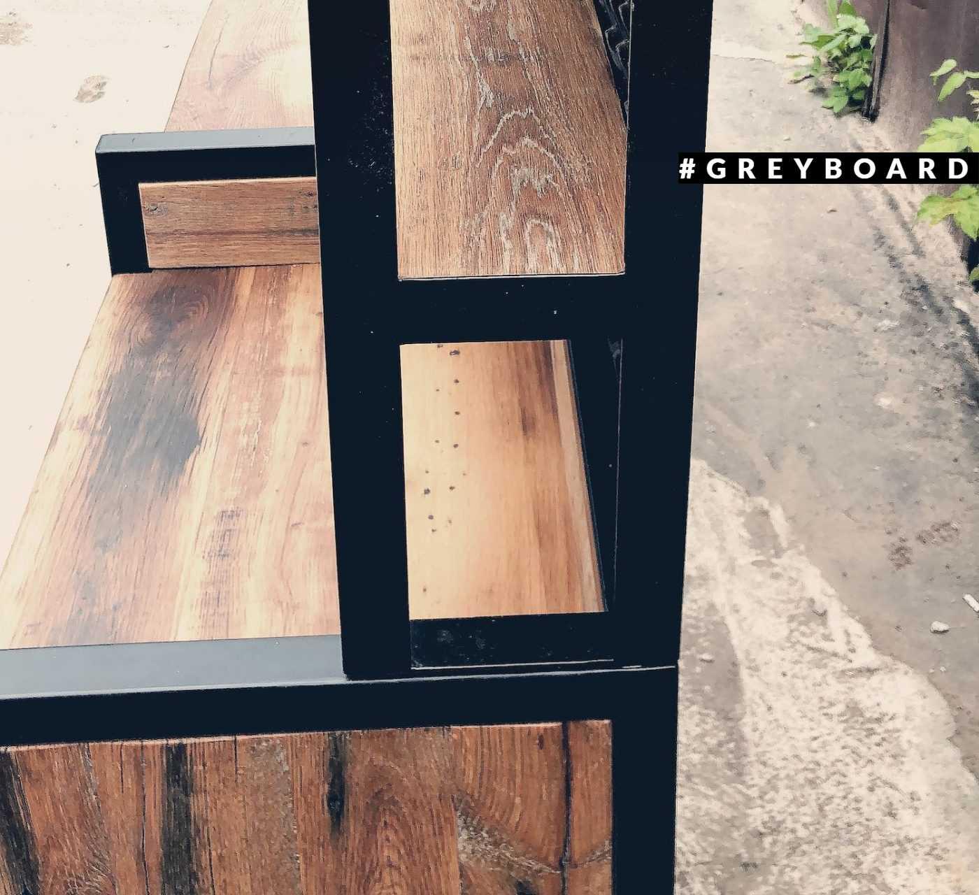 Стол для официантов из амбарной дубовой доски