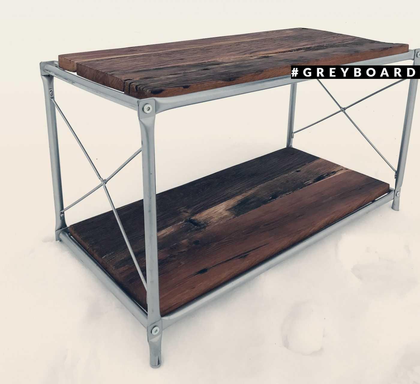 Журнальный стол из фактурной старой доски