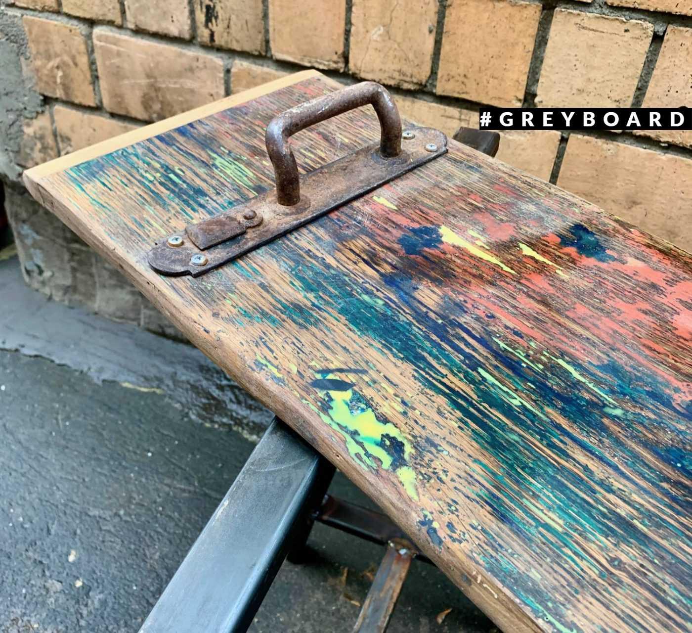 Красочный поднос в стиле лофт
