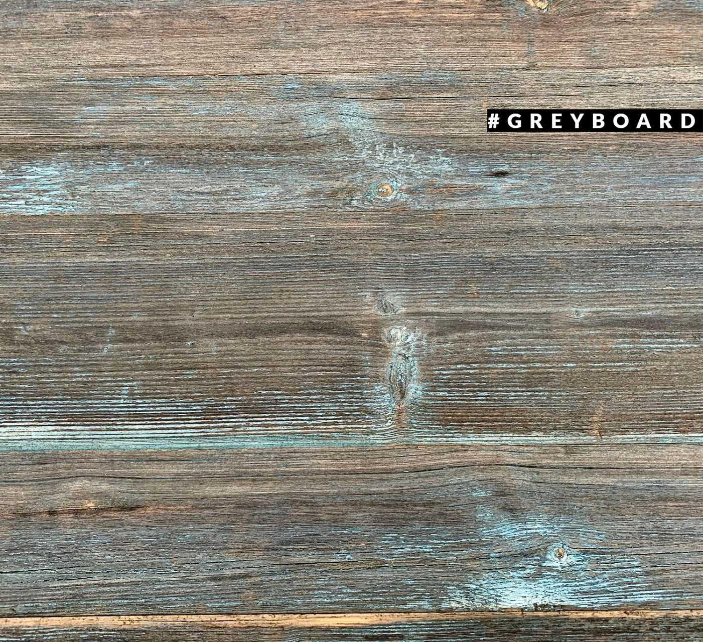 Столешница из серо-голубой амбарной доски