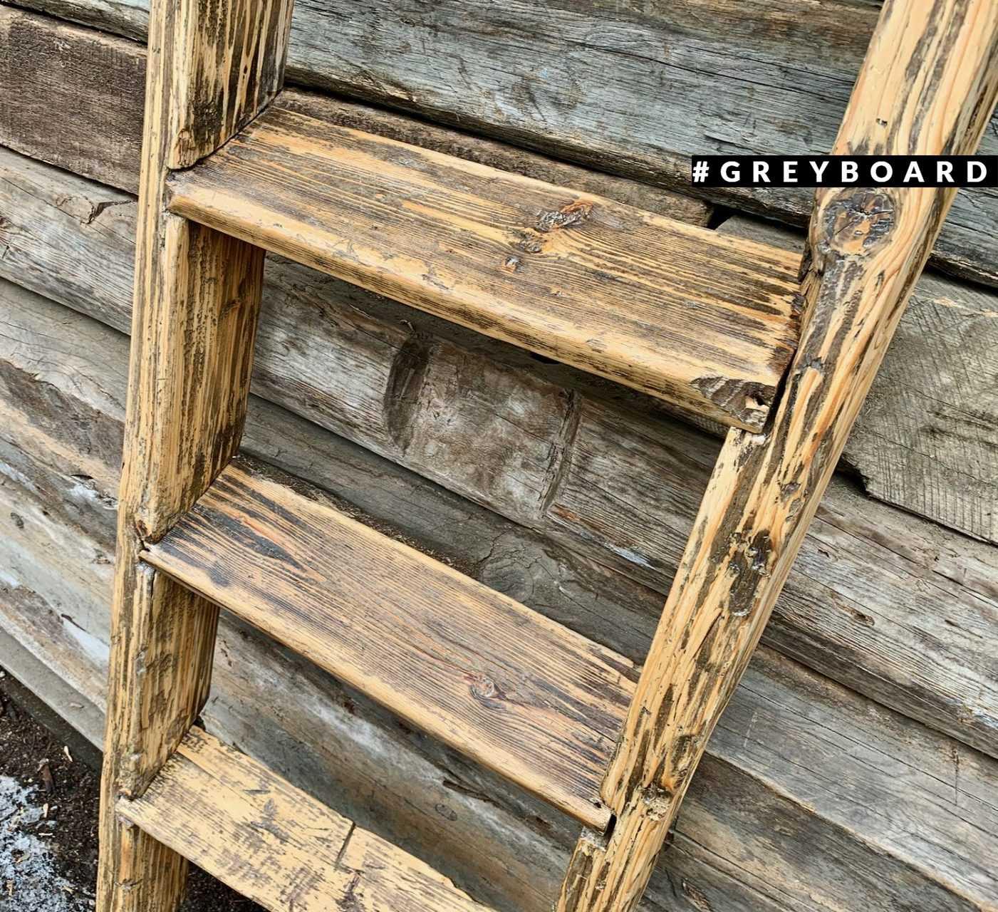 Лестница из старой хвойной доски