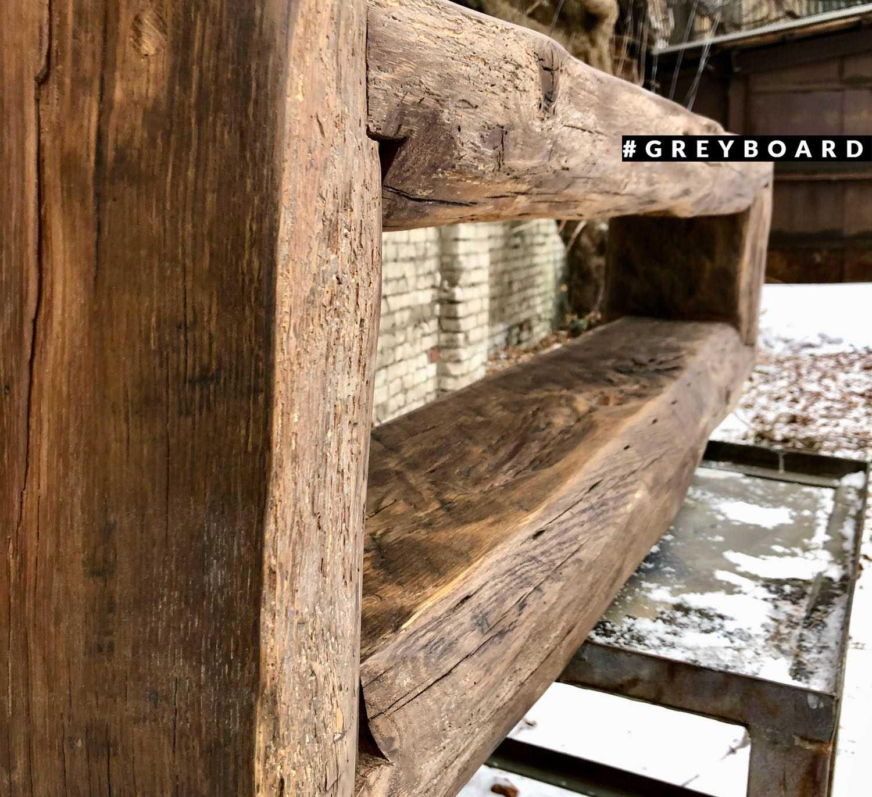 ТВ-тумба из старого деревенского сруба