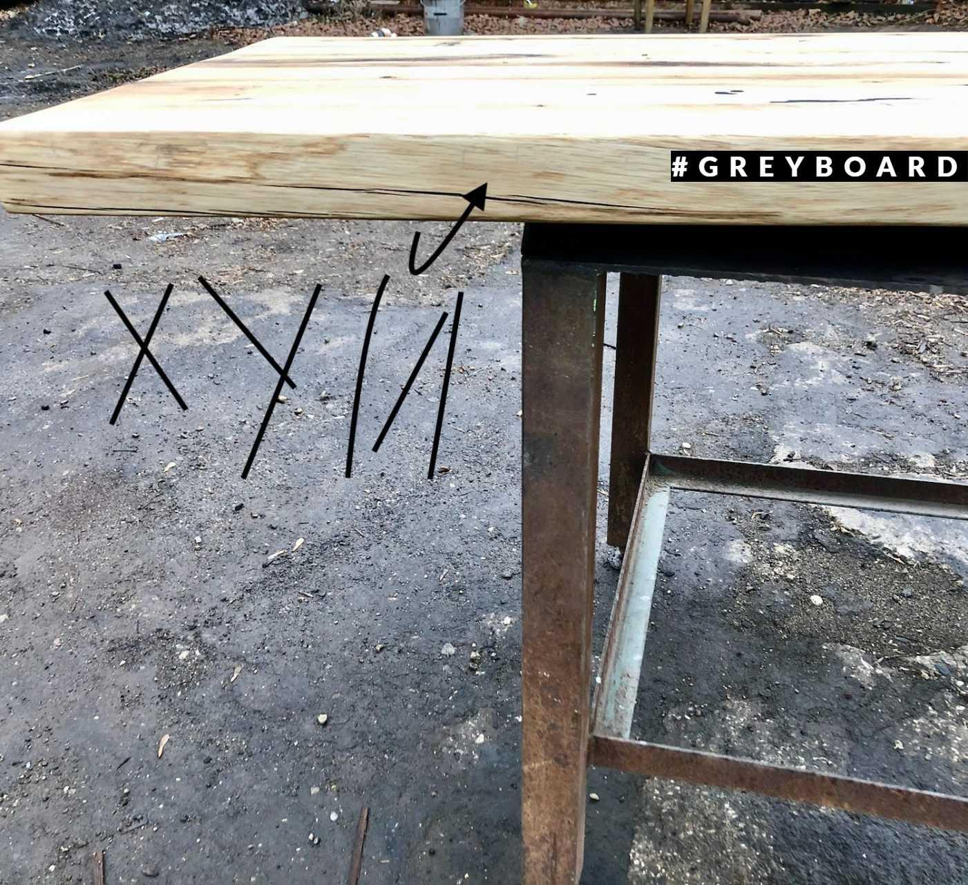 Кухонная столешница из старой доски