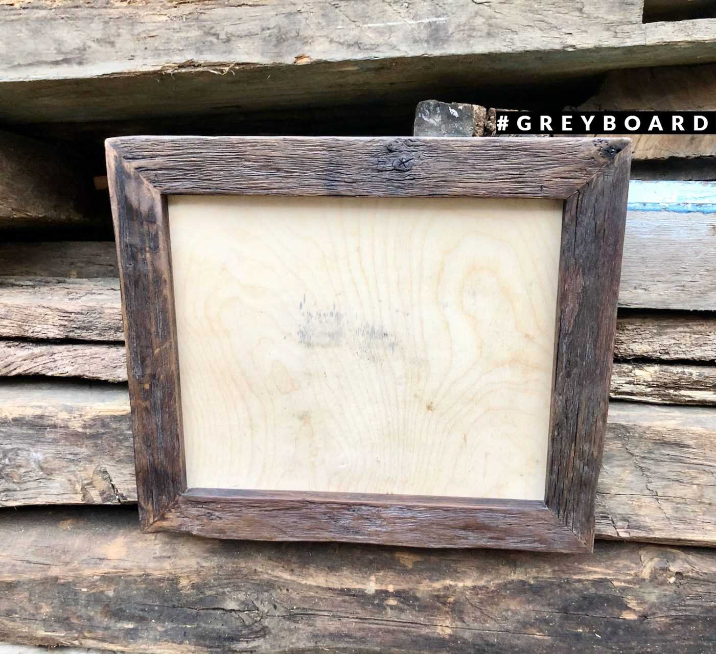 Рамка из темно-коричневого старого дуба