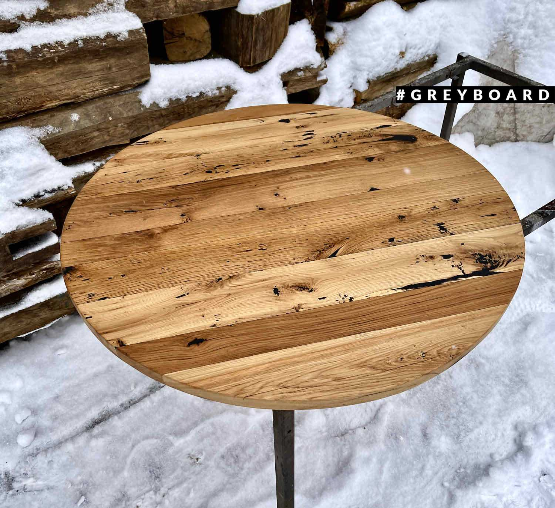 Куглая дубовая столешница в скандинавском стиле