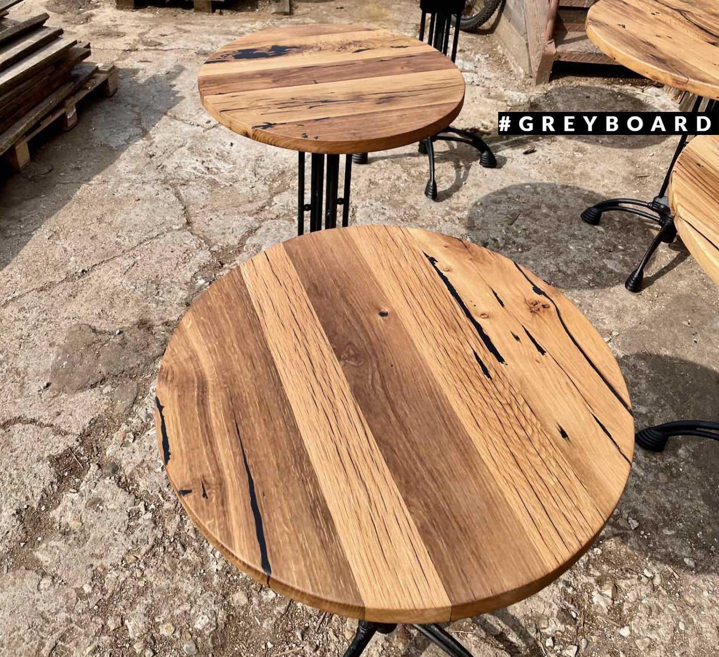 Стол из амбарной доски в индустриальном стиле